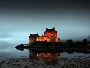 Eilean Donan Castle at night Source:Allan Gourlay