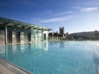 Thermae Bath Spa is Britain's original and only thermal bath spa set in the busy city of Bath, England © Britainonview / Jon Spaull Source:VBimages - 21974131